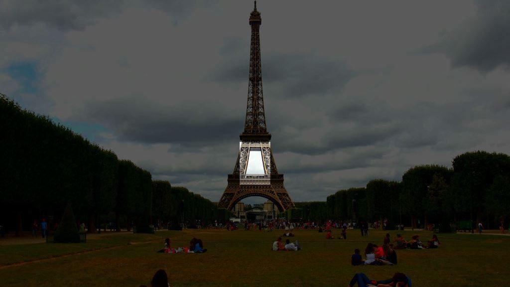 Punti di riferimento durante un hyperlapse della torre Eiffel