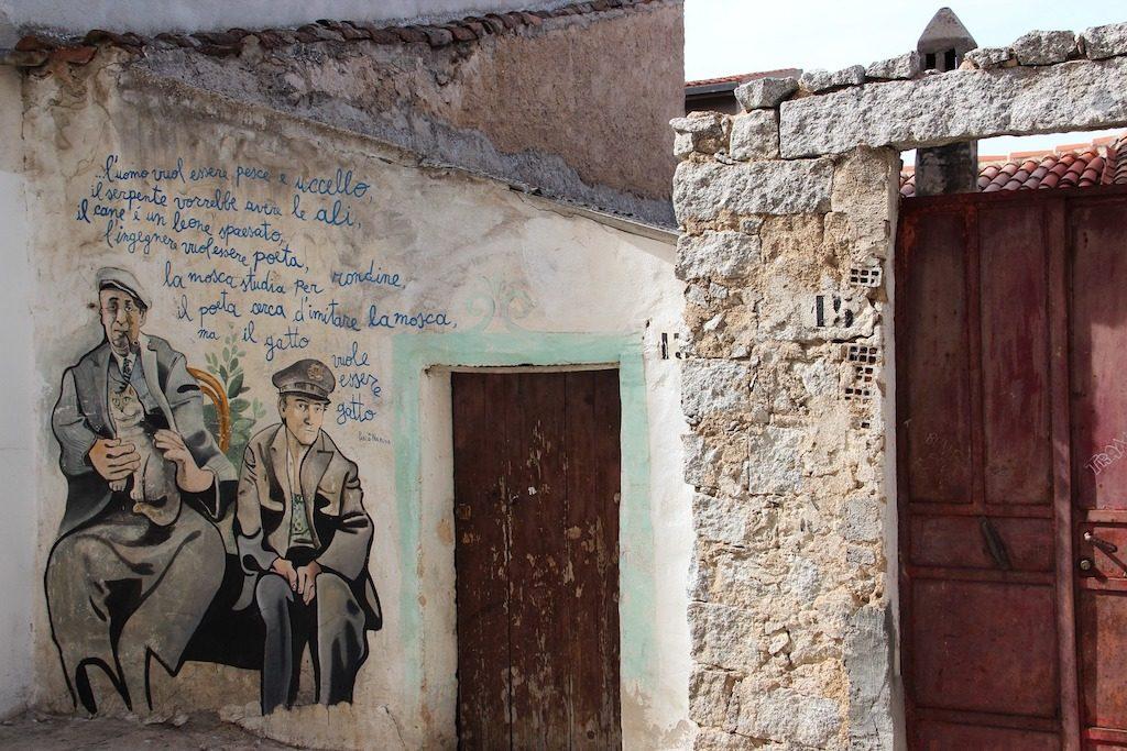 Dettaglio di un murales ad Orgosolo