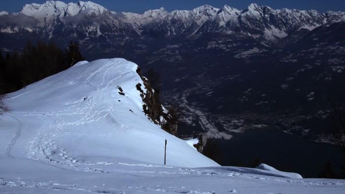 Una montagna innevata. Quanto vendono i paesaggi nel microstock?