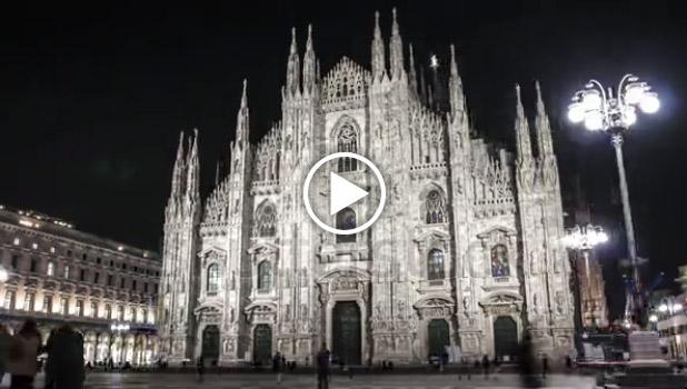 Duomo di Milano di notte tratto da un hyperlapse pubblicato da Shutterstock