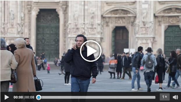 Stock footage registrato da Roberto Mariani in Piazza Duomo a Milano