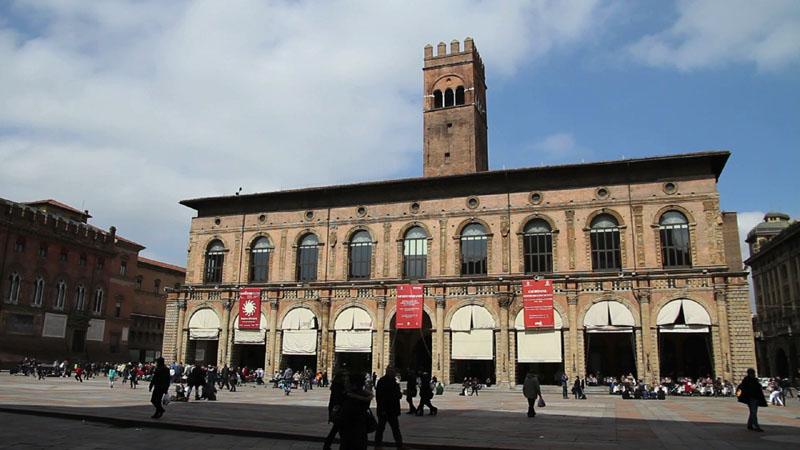 Microstock di Piazza Maggiore a Bologna