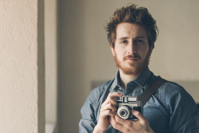 Fotografo con reflex analogica
