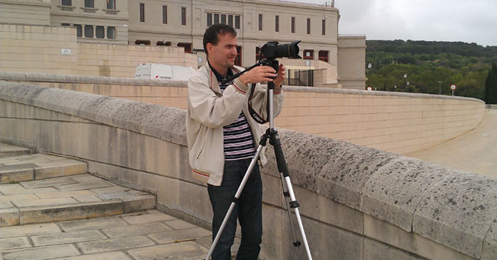Daniele Carrer mentre crea stock footage a Barcellona