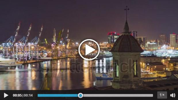 Il porto di Genova di notte