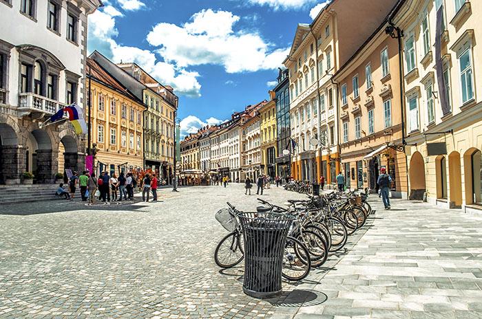 Ljubljana in una stock image che è l'esempio di come guadagnare soldi con le foto online