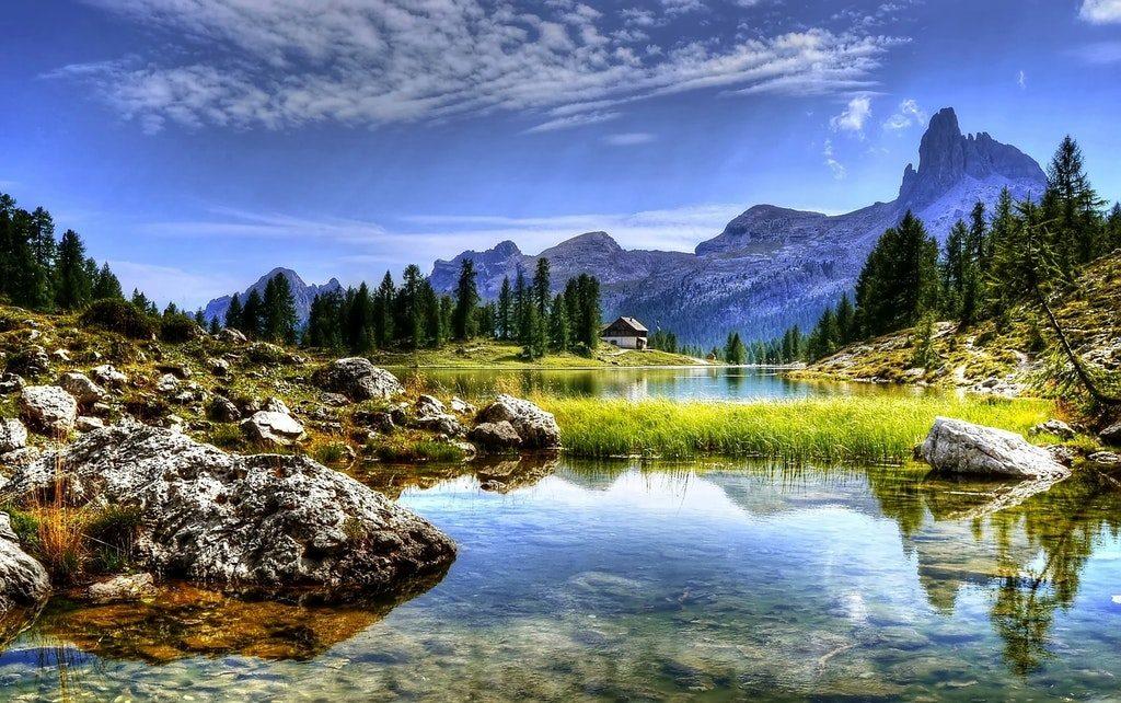 Paesaggio di montagna in una stock image