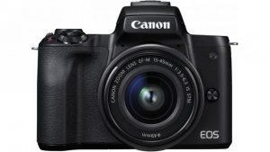La fotocamera mirrorless Canon Eos M50