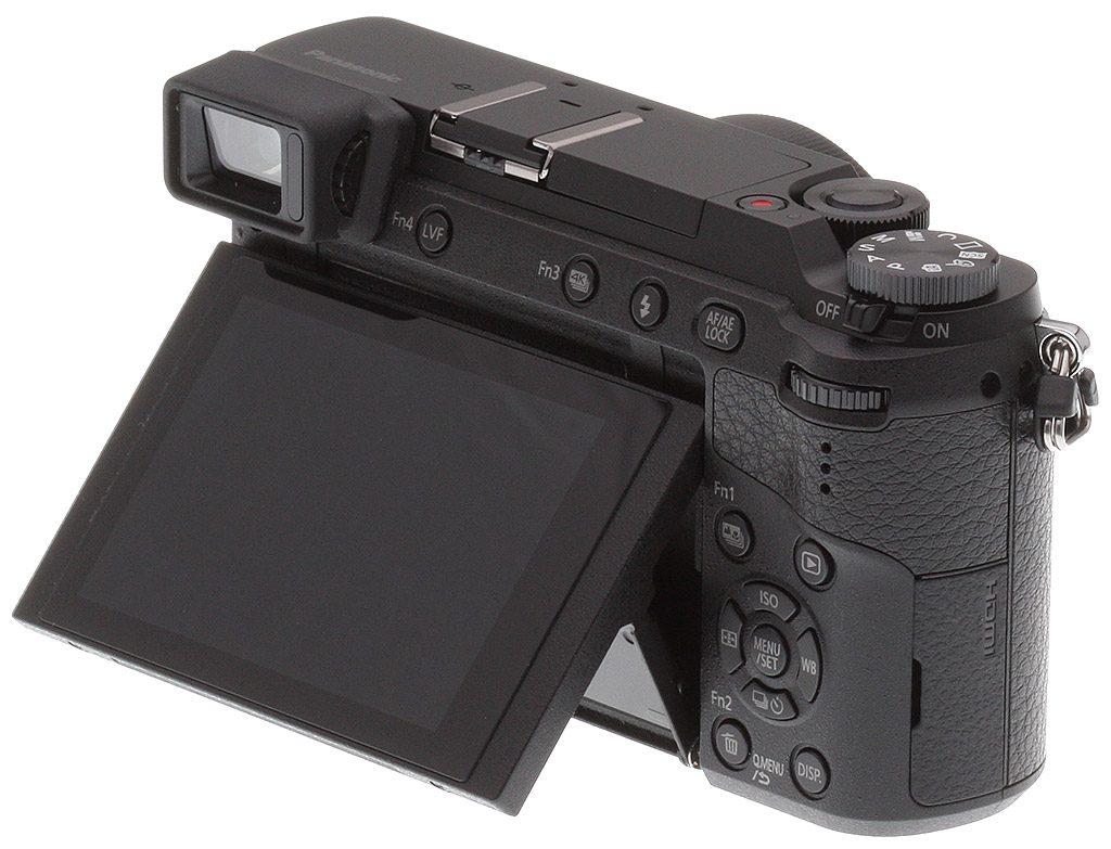 La parte posteriore della mirrorless Panasonic GX80