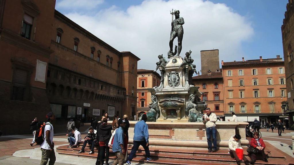 Fontana del Nettuno, in Piazza Maggiore a Bologna
