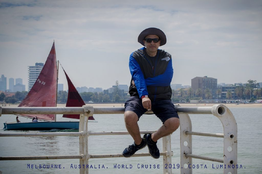 Il fotografo Camillo Cinelli a Melbourne nel 2019 in una pausa dal lavoro